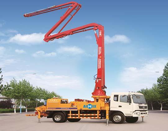 Camión De Bomba Pluma De Concreto 24m