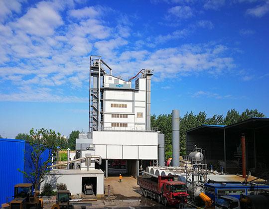 Maquinaria de producción de asfalto
