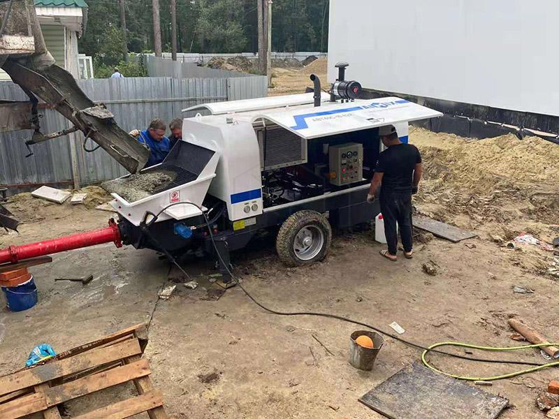 AIMIX Bomba De Hormigon ABT40C Trabaja En Rusia